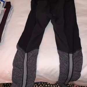 LULU LEMON black yoga pants